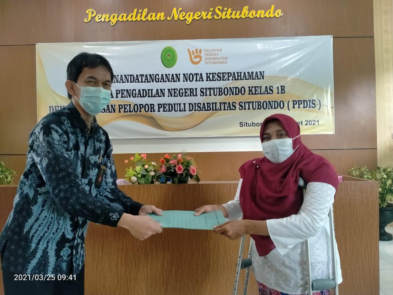 Penandatanganan Nota Kesepahaman Antara Pengadilan Negeri Situbondo Kelas 1 B dan Yayasan Pelopor Peduli Disabilitas Situbondo ( PPIDS )